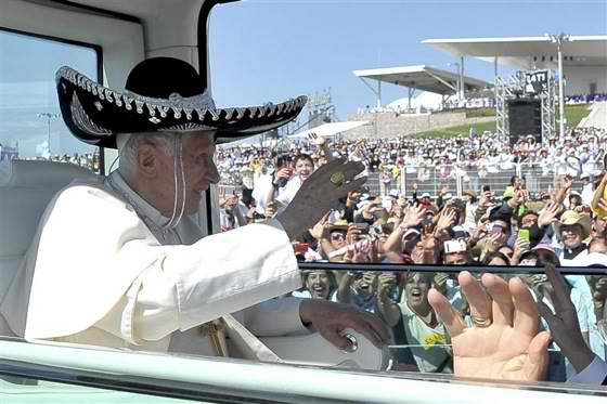 2012-03-26t064600z_1_cbre82p0iss00_rtroptp_3_pope-mexico